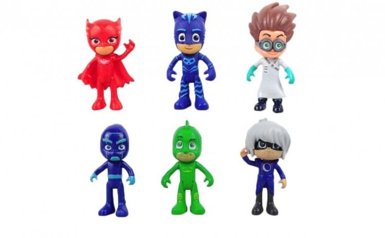 Set 6 figurine eroi in pijamale