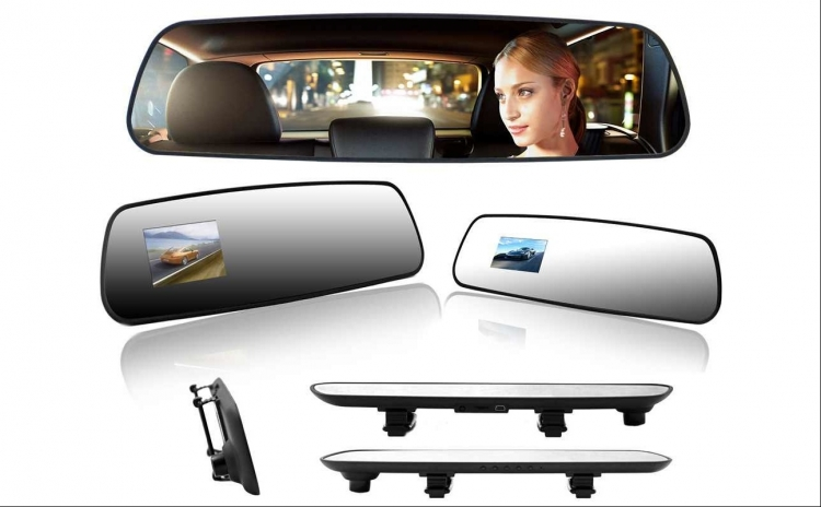 Oglinda retrovizoare cu camera auto HD!