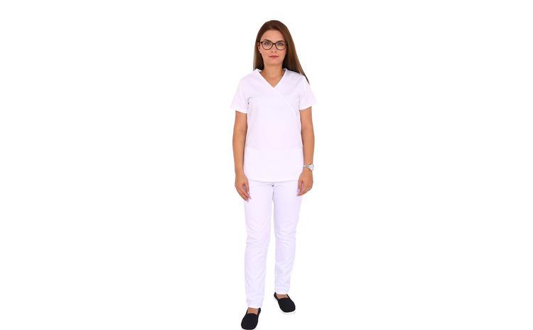 Costum medical alb cu bluza in forma Y