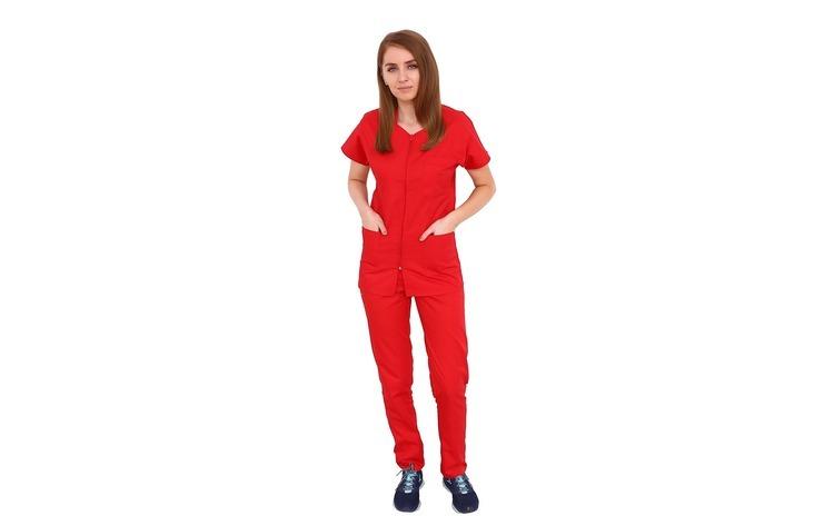 Costum medical rosu cu bluza cu fermoar
