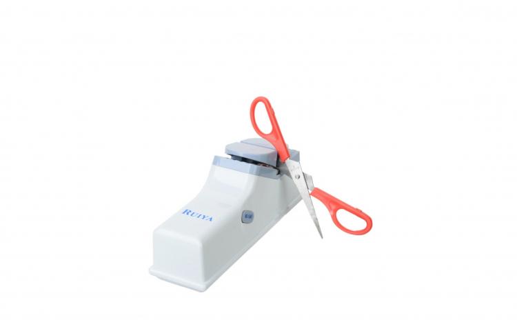 Aparat electric de ascutit cutite