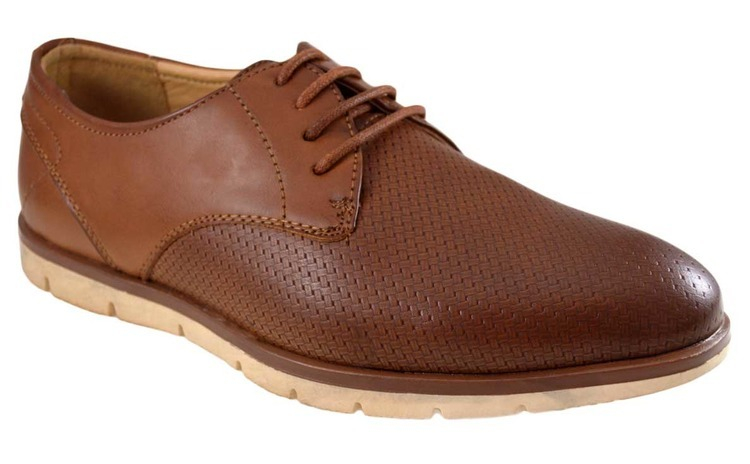 Pantofi maro barbati perforati cu talpa