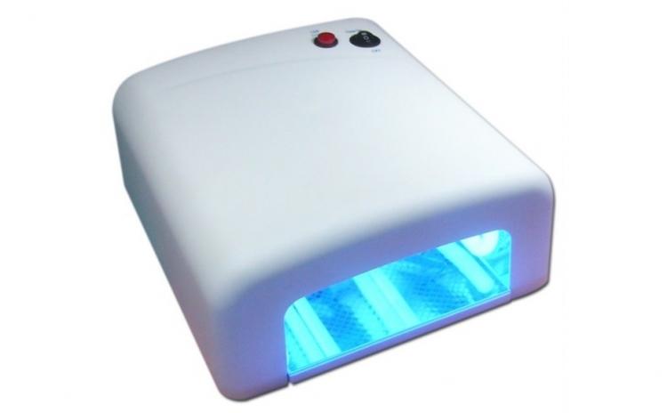 Lampa UV pentru uscarea gelului UV, la doar 69 RON in loc de 109 RON