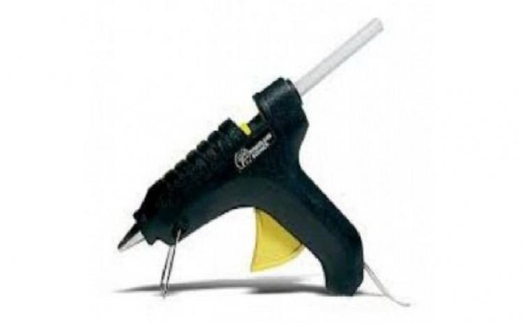 Pistol de lipit cu silicon cald