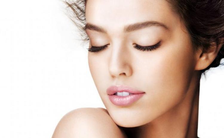 Tratament facial complet pentru un ten curat si luminos + BONUS 80% reducere pentru proceduri corporale, la 39 RON in loc de 390 RON