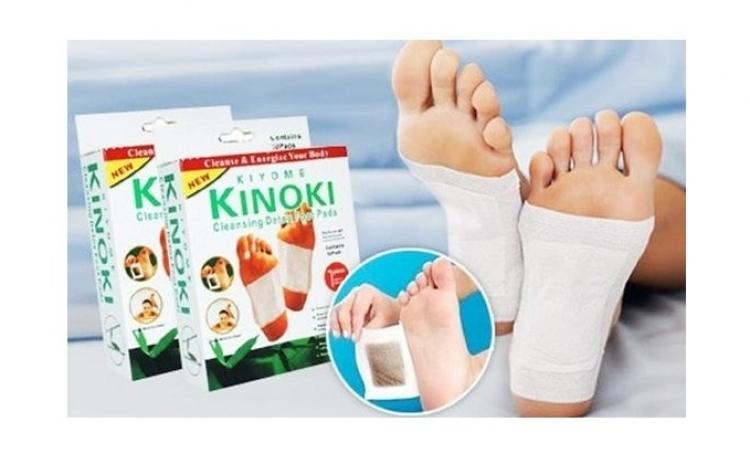 Detoxifiaza-ti organismul cu Kinoki Plasturi detoxifiere- 1 set cu 10 plasturi, la doar 12 RON in loc de 25 RON