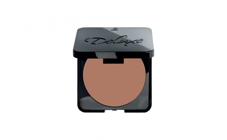 Imagine indisponibila pentru Fond de ten compact Deluxe Perfect Wear, nuanta Hazelnut, 8.5 g