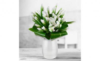 Buchet de 35 irisi albi