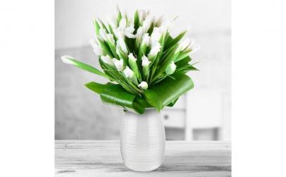 Buchet de 55 irisi albi
