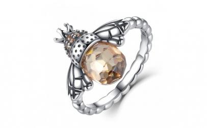 Inel argint 925 cu albinuta si zirconii