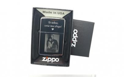 Bricheta Zippo personalizata cu poza si