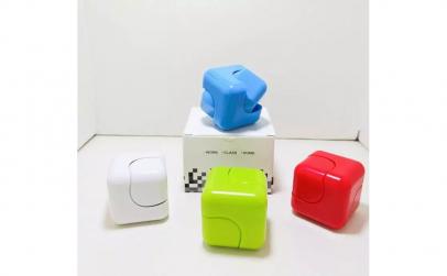 Noutate Fidget Cube