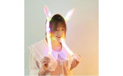Jucarie urechi de iepure cu lumini