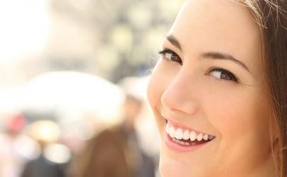 Reda stralucirea dintilor