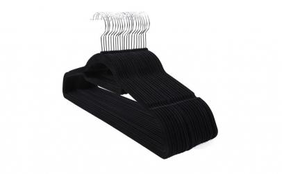 Umerase haine acoperite cu catifea 20