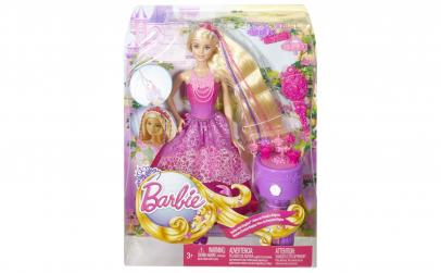 Papusa Barbie cu aparat de impletit