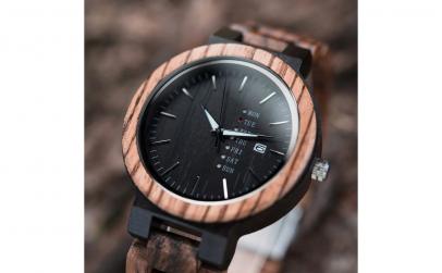 Ceas barbatesc din lemn Bobo Bird