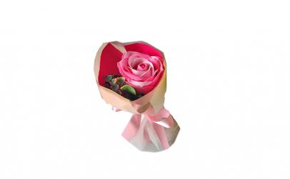 Buchet cu 1 trandafir din sapun  pentru