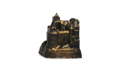 Pusculita reprezentand Castelul Bran