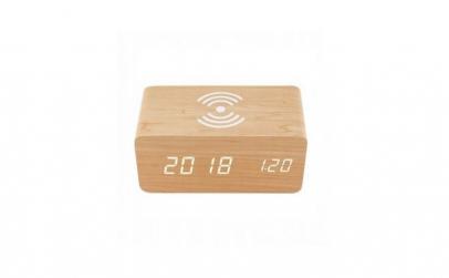 Ceas de birou din lemn cu incarcare