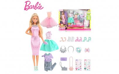 Papusa Barbie cu diverse accesorii