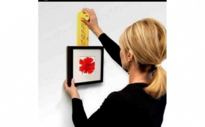 Nivela pentru tablouri