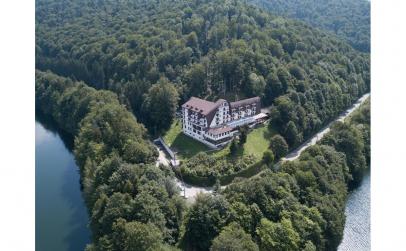 Hotel Valea cu Pesti 4*