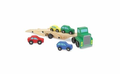 Transportor auto din lemn