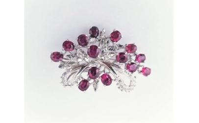 Brosa din Aur cu Rubine si Diamante