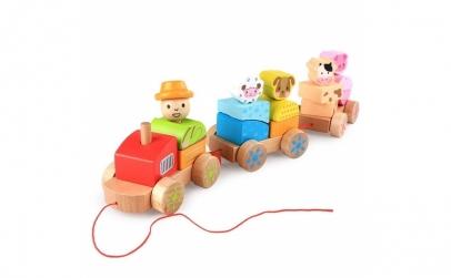 Trenulet din lemn cu animale si fermier