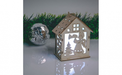 Casuta decorativa de Craciun cu LED