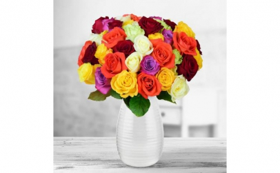 Buchet de 55 trandafiri multicolori
