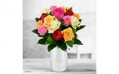 Buchet de 15 trandafiri multicolori