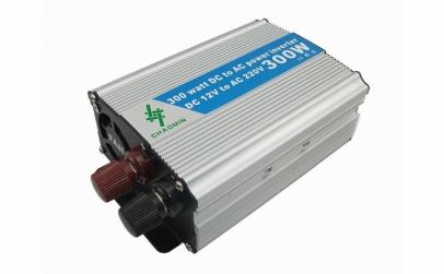 Invertor auto Super Power - 300W