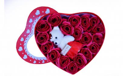 Set Cadou - 18 trandafiri din sapun