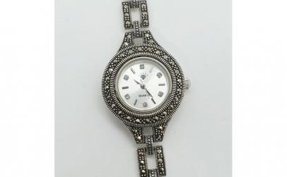 Ceas din argint masiv Maitreyi by