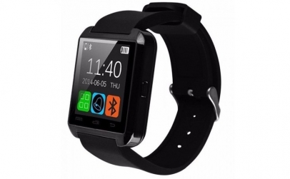 Smartwatch si telefon pedometru