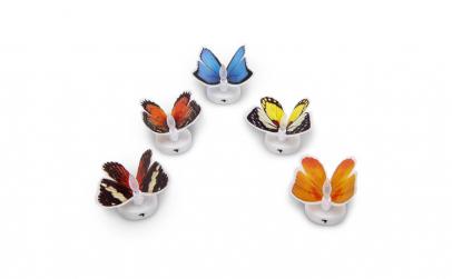 Fluture cu LED in culori schimbatoare,