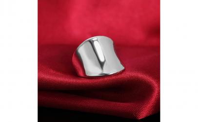 Inel model masiv din argint 925