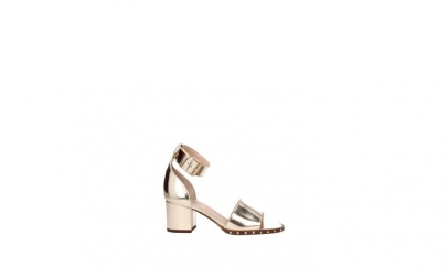 Reduceri pantofi   Oferte sandale femei, pret peste 100 sau intre 50 ... 500f11bb8ae