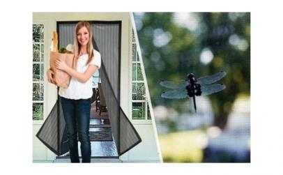 Perdea + aparat anti-insecte