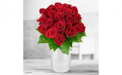 Buchet de 19 trandafiri rosii