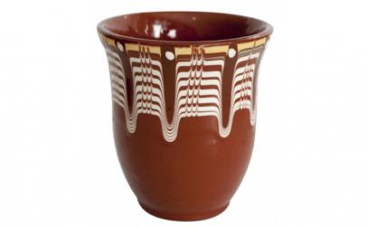 Cana ceramica lut maro cu model rustic