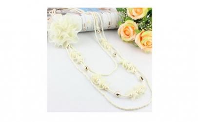 Colier fantezie cu trandafir alb