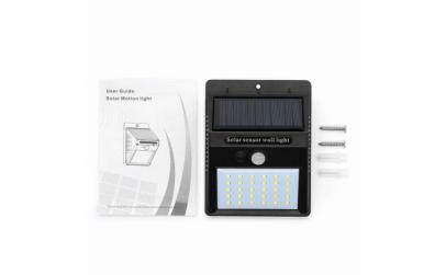 4 lampi solare cu senzor