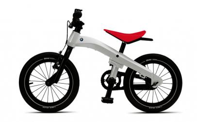 Bicicleta BMW Kidsbike pentru copii