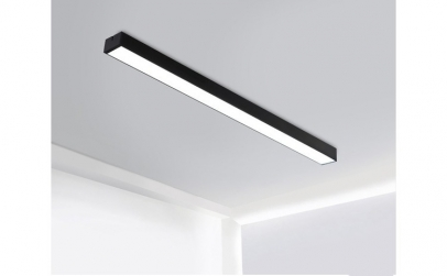 Corp iluminat LED suspendat 120x10x7cm.