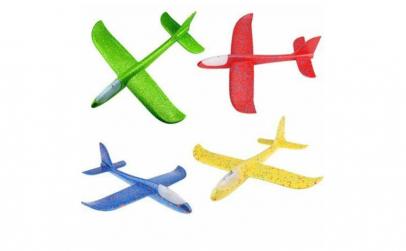 Set 4 bucati Avion planor cu iluminare