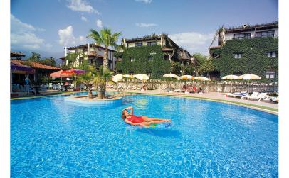 Club Hotel Titan 4*