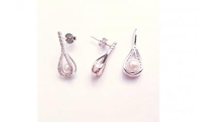 Set din argint cu zirconii pave si perle